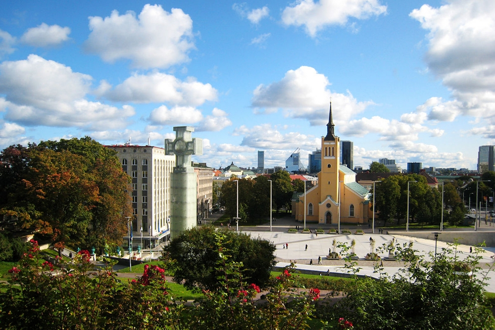 Площадь Свободы в Таллине