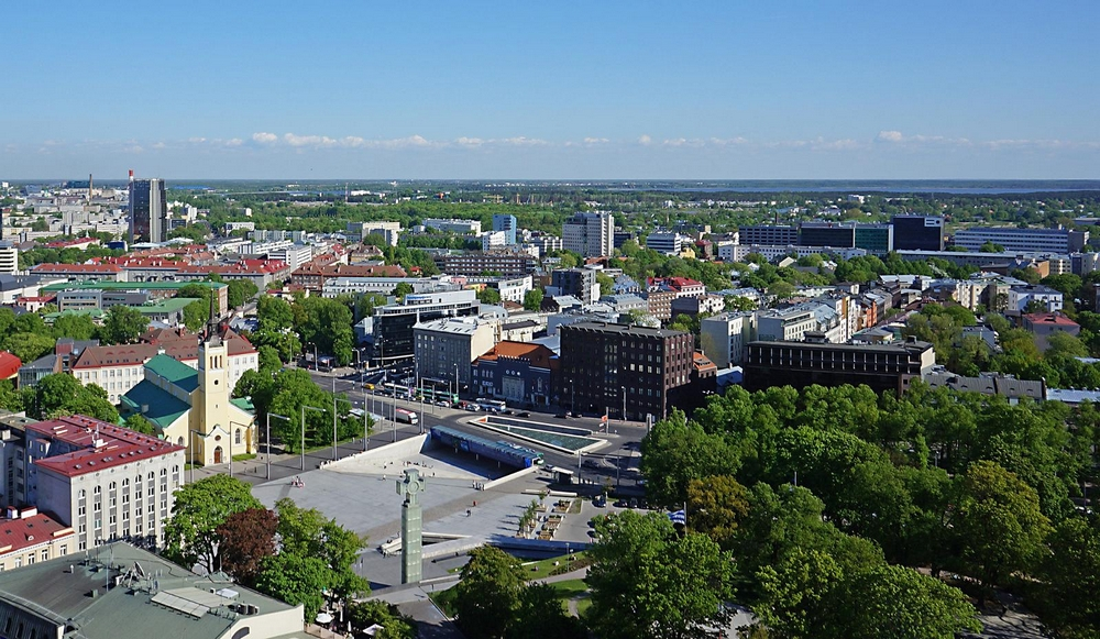 Вид на площадь Свободы в Таллине