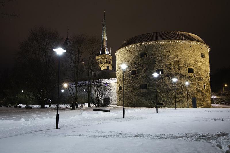 Башня Толстая Маргарита в Таллине зимой