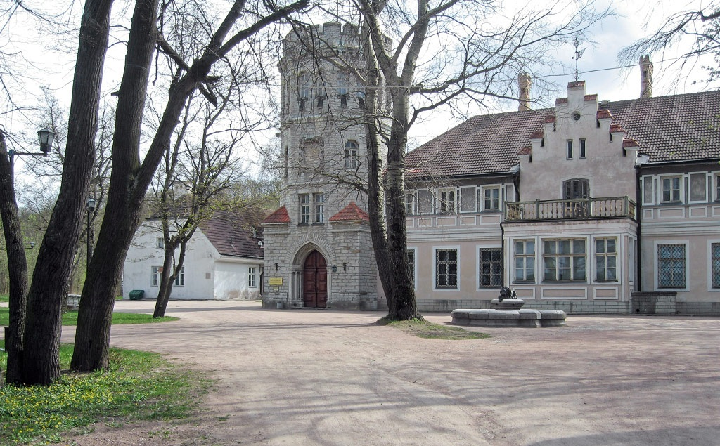 Замок графа Орлова-Давыдова в Таллине