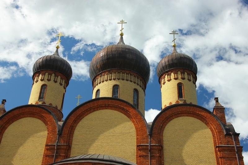Пюхтицкий Успенский женский монастырь в Эстонии
