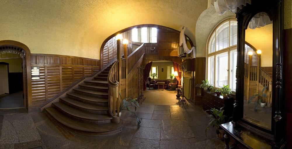 Отель в замке Таагепера, Эстония
