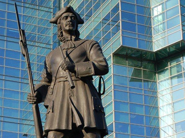 Памятник солдатам лейб-гвардии Преображенского и Семёновского полков