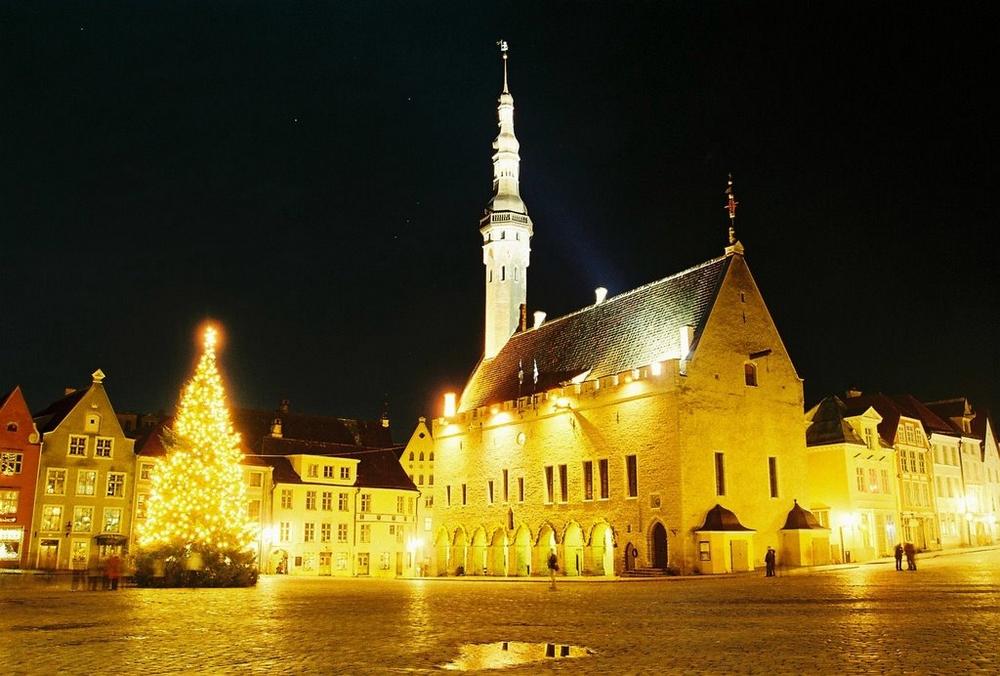 Таллин на Рождество: Ратуша и Ратушная площадь
