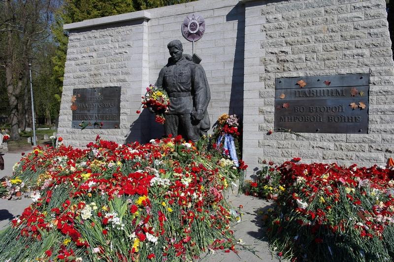 Бронзовый солдат, Таллин