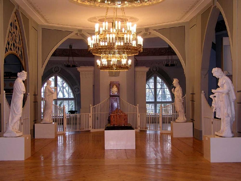 Внутренние залы Исторического музея университета Тарту