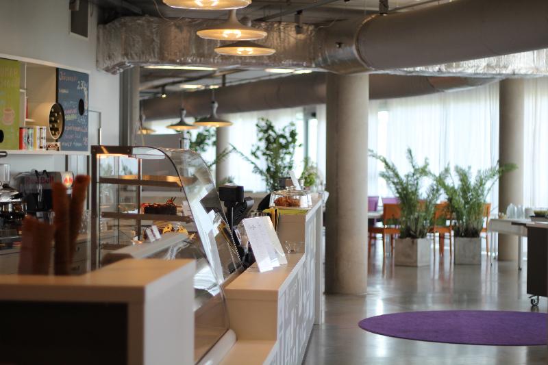 Кафе «Ньютон» в научном центре Ahhaa