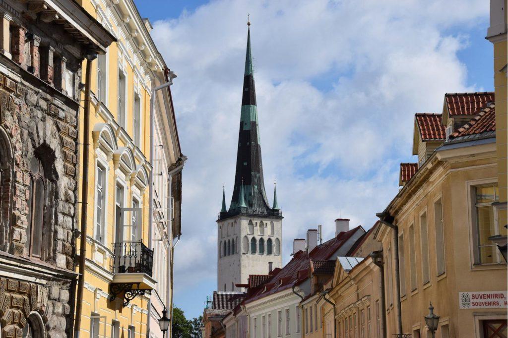 Шпиль церкви Олевисте