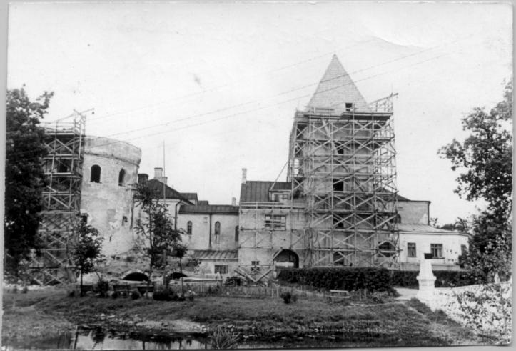Реставрация замка Лоде, 1967 год