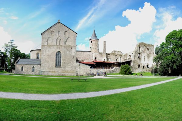 Замок Хаапсалу в Эстонии